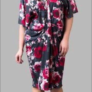 481720459c80a5 Yona New York Dresses - Plus Size Yona New York Floral Dress Size 1X 16